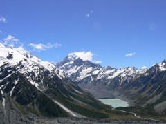 Mt Cook from the Sealy Tarn